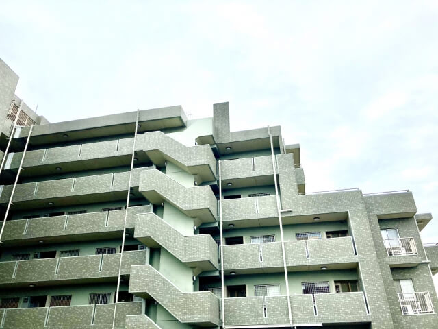 マンションやアパートの2階以上の場合