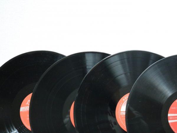 レコードの中古相場や高く買取ってもらうコツのまとめ