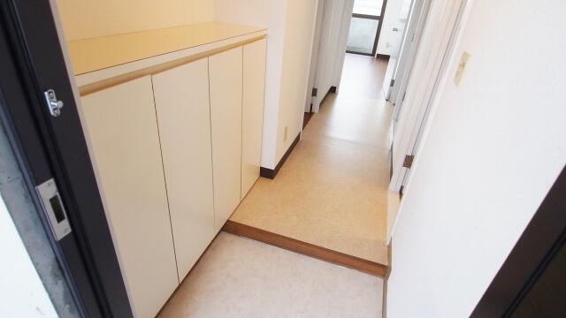 廊下の幅や曲がり角が狭い場合