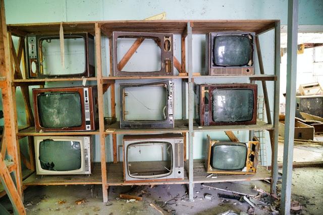 テレビを手間なく処分するには?持ち込み・料金・無料にする方法などを紹介